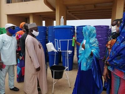 Govt donates Veronica buckets, face masks to churches, churches