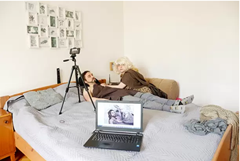 Couple recreate scenes from 'Game of Thrones' to pass time during lockdown