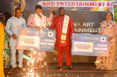 Gloria Sarfo and D.Y.Donkoh win Man & Woman of the Year at TGAEA